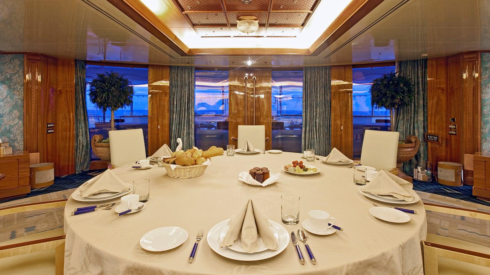 LM-FamilyRoom-Breakfast-1491 1990 BLOHM & VOSS  Motor Yacht 2802375