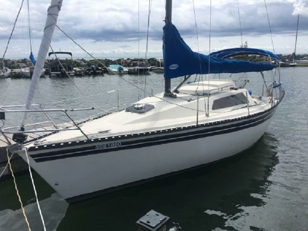 Dock 1982 KELT MARINE 25' 7.60 Cruising/Racing Sailboat 2802728