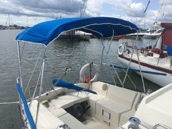 Bimini 1982 KELT MARINE 25' 7.60 Cruising/Racing Sailboat 2802744