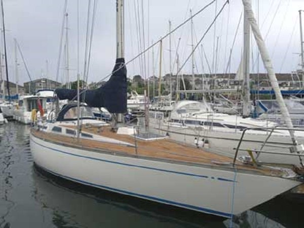 001 1974 NAUTOR'S SWAN 38 Cruising Sailboat 2803304