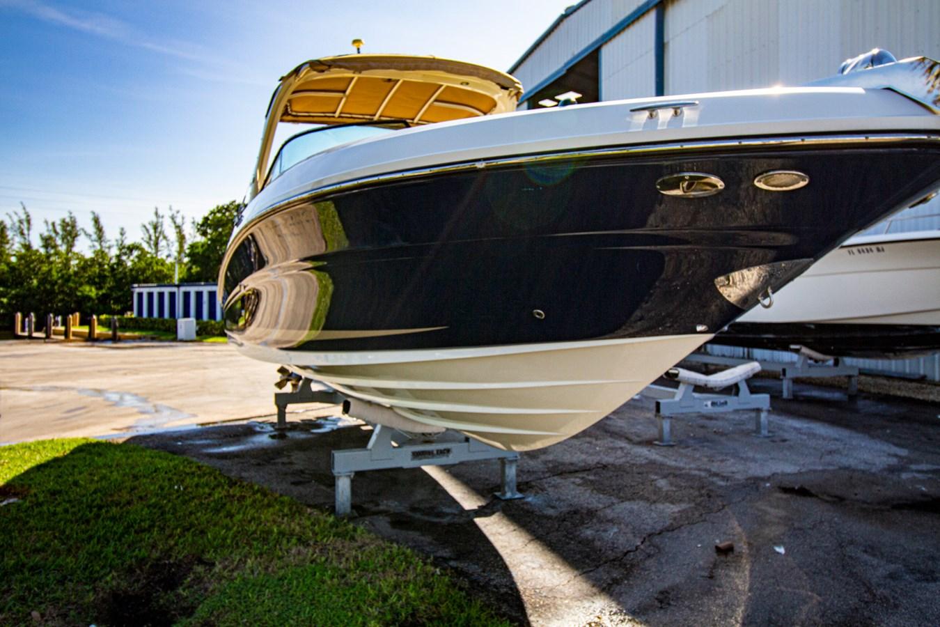 profile-nonumbers 2015 SEA RAY  Motor Yacht 2804880