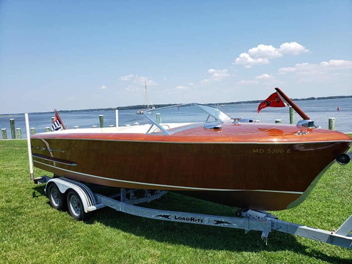 1 1952 CHRIS CRAFT Holiday Runabout 2804938