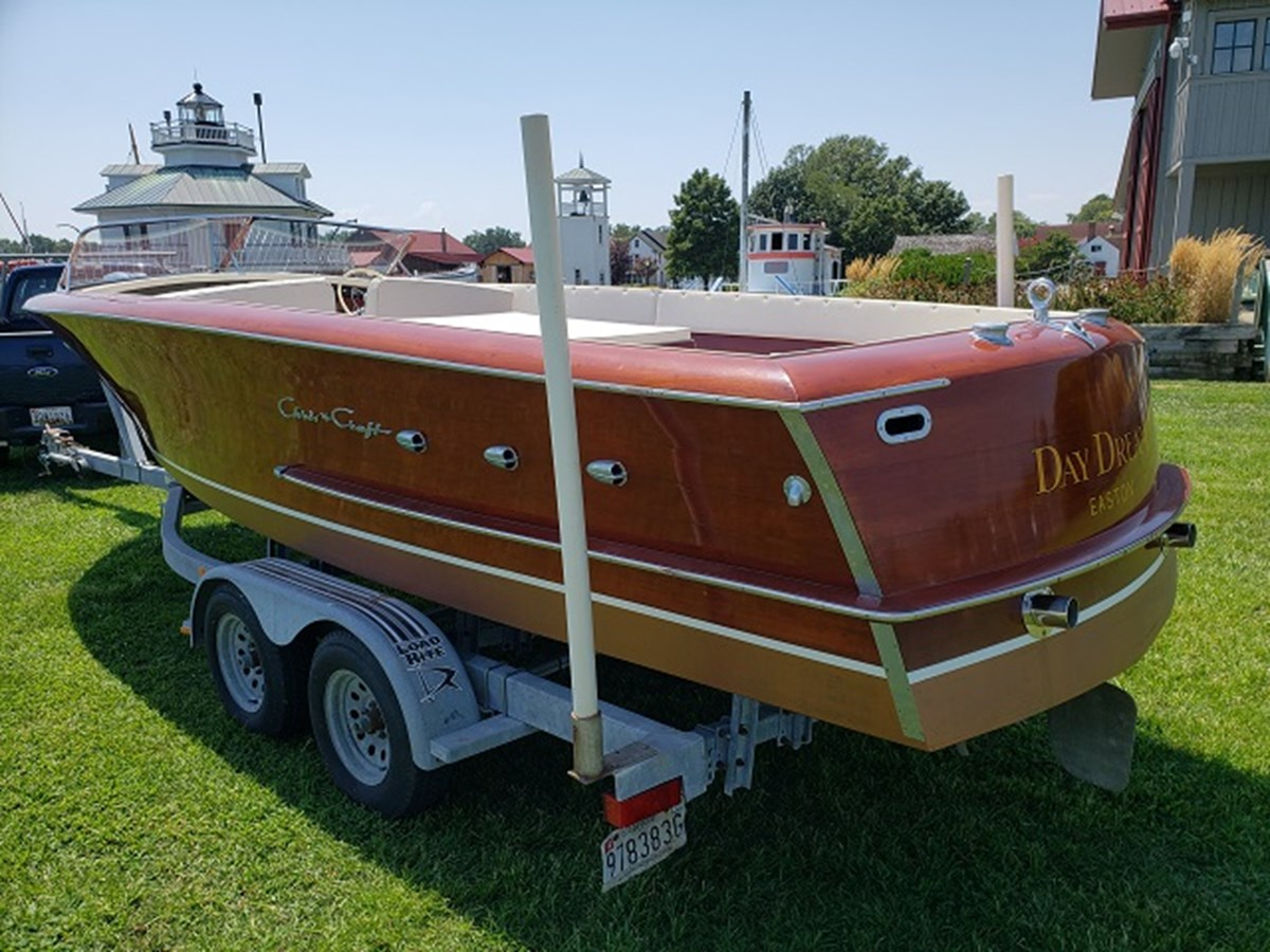 4 1952 CHRIS CRAFT Holiday Runabout 2804941