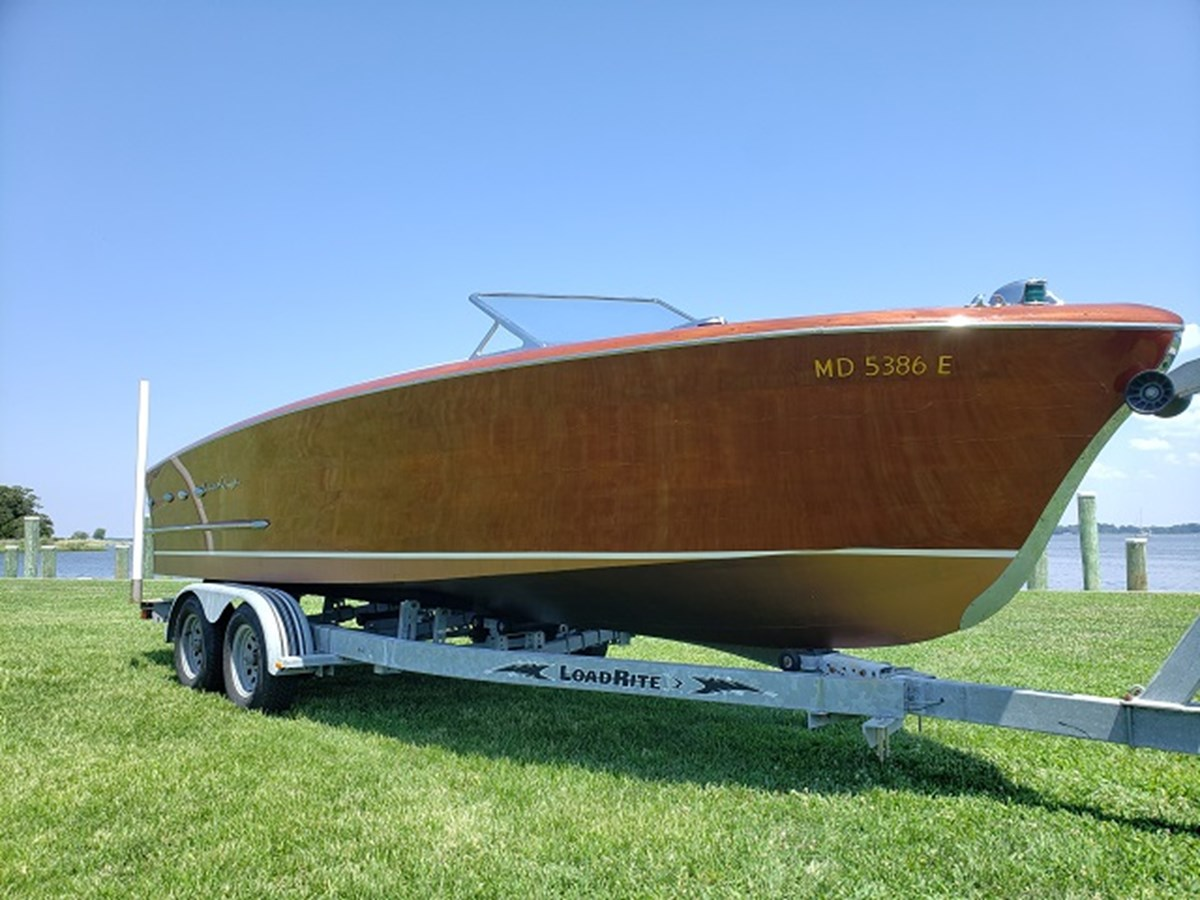 Bow Profile 1952 CHRIS CRAFT Holiday Runabout 2804953