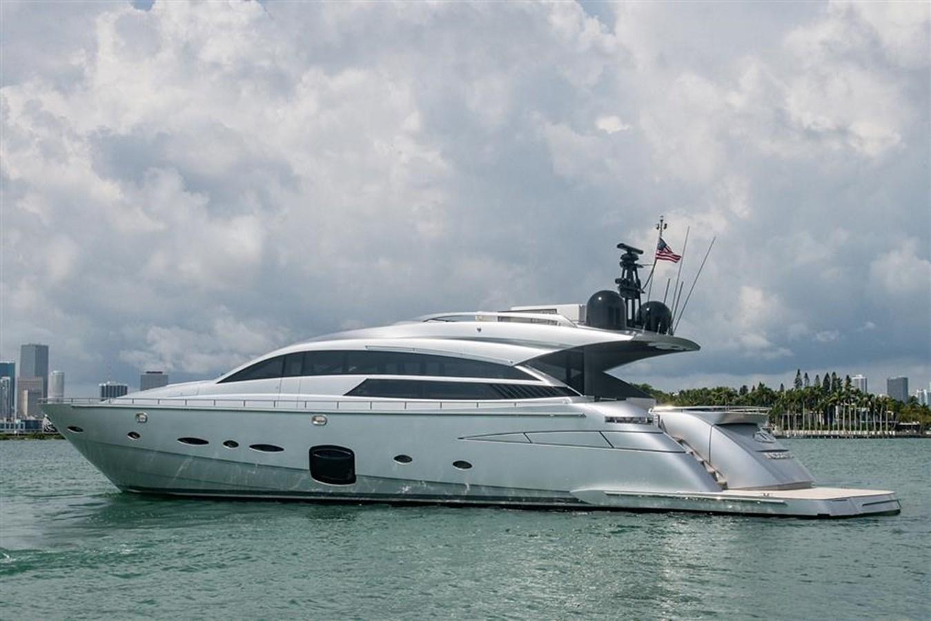 INCOGNITO2 2012 PERSHING  Motor Yacht 2810138
