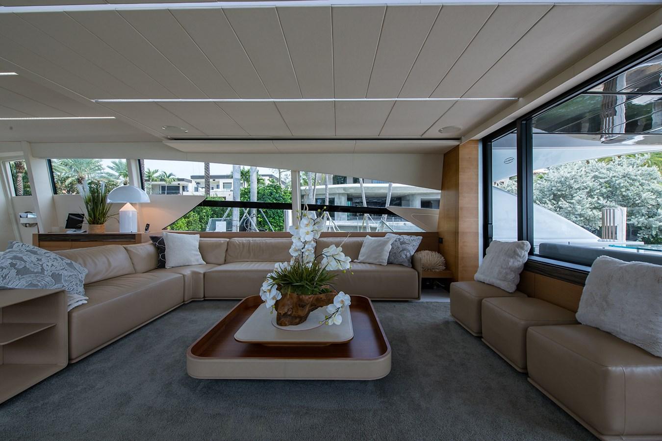 Incognito_Salon1 2012 PERSHING  Motor Yacht 2810377