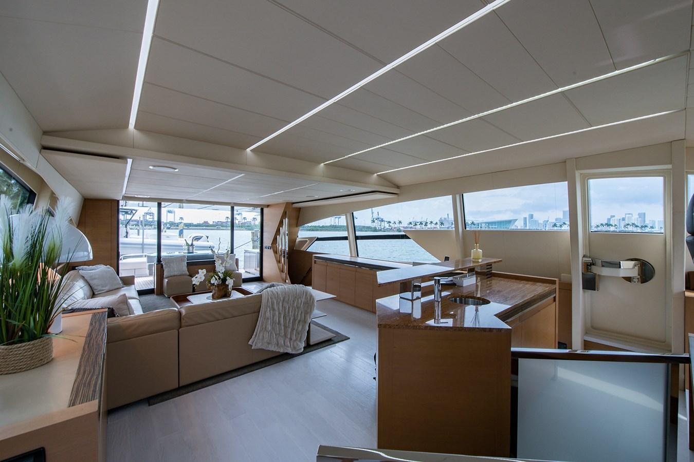 Incognito_Salon16 2012 PERSHING  Motor Yacht 2810390