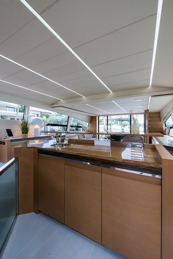 Incognito_Salon20 2012 PERSHING  Motor Yacht 2810394