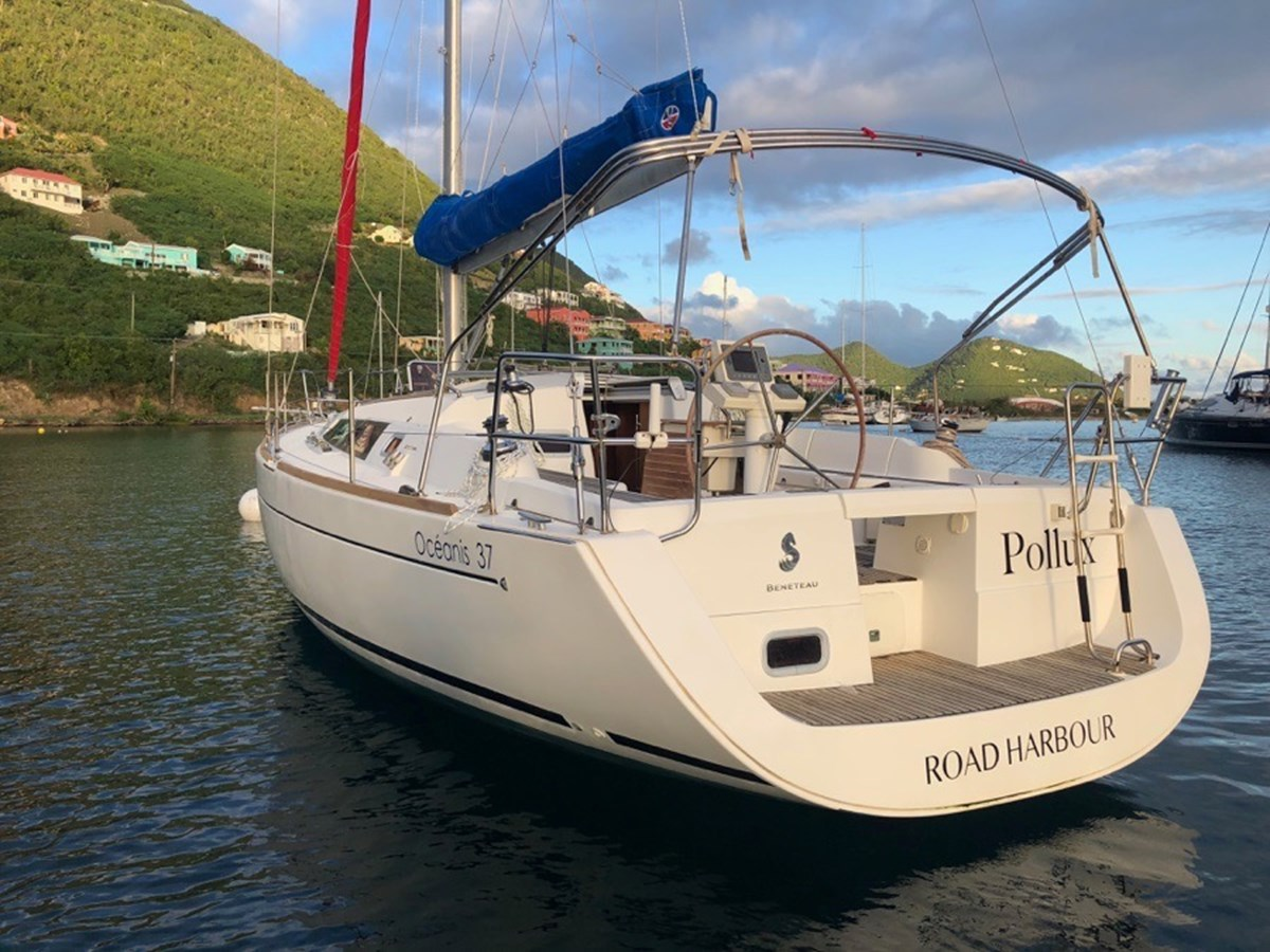 2010 BENETEAU Oceanis 37 Cruising/Racing Sailboat 2810767