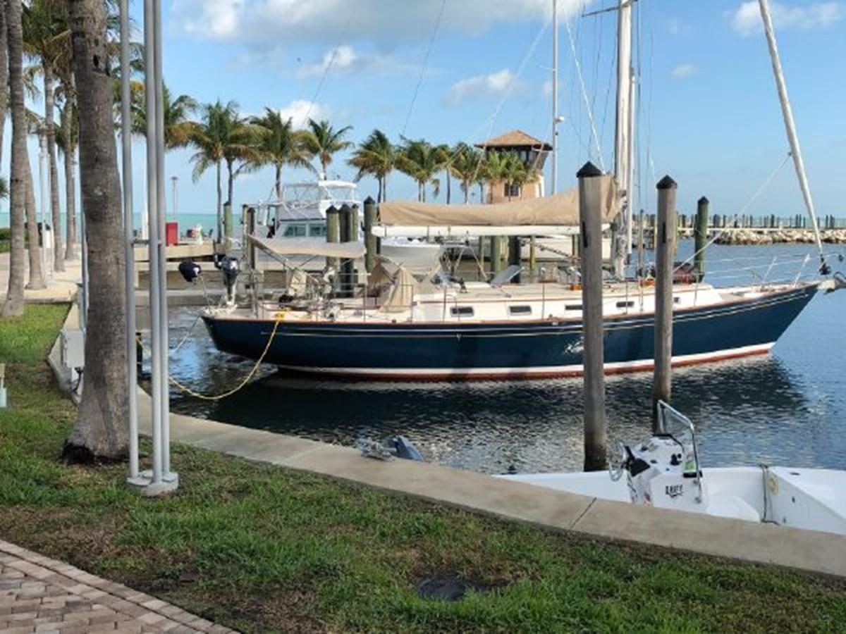 2 2001 MORRIS YACHTS Ocean Series Cruising Sailboat 2811237