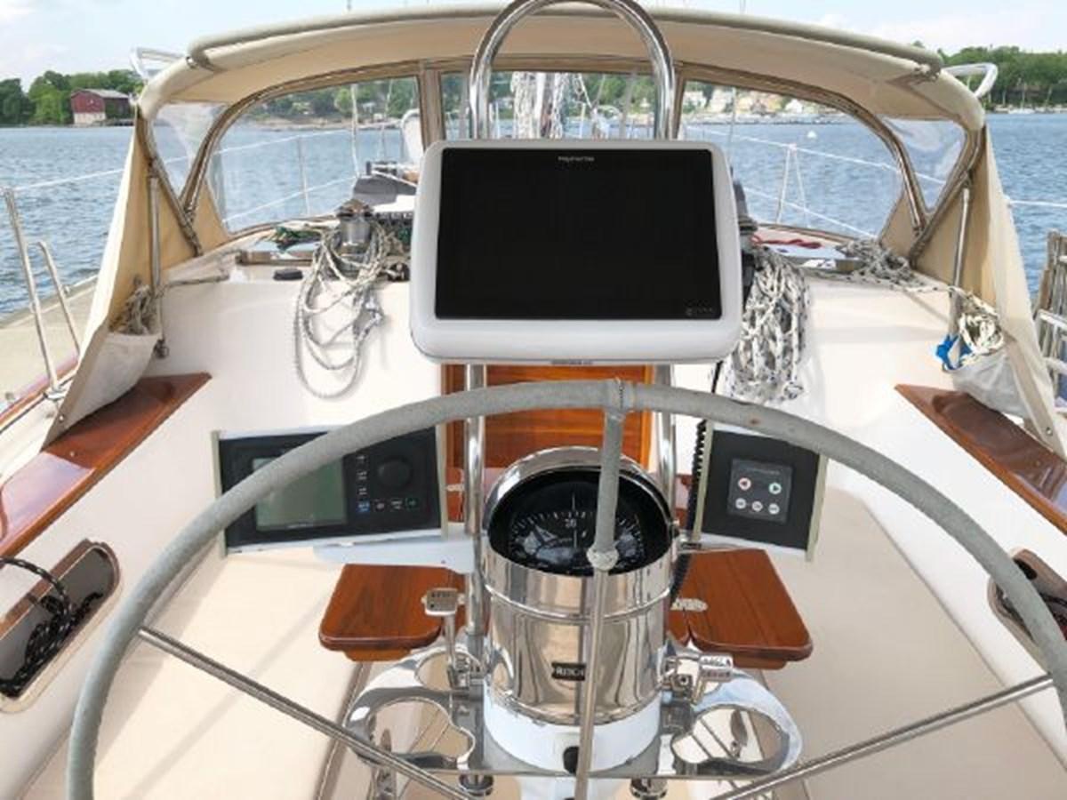 7 2001 MORRIS YACHTS Ocean Series Cruising Sailboat 2811242