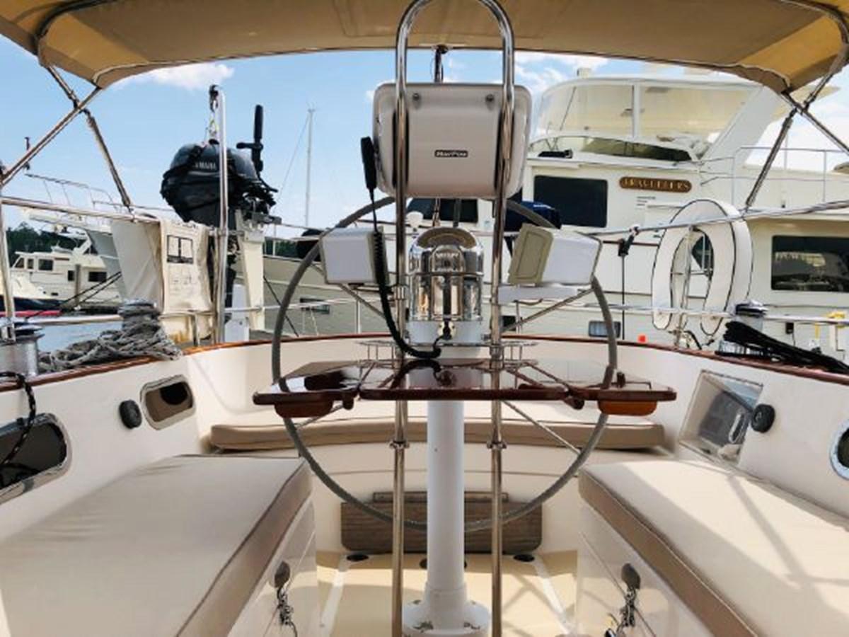 8 2001 MORRIS YACHTS Ocean Series Cruising Sailboat 2811243