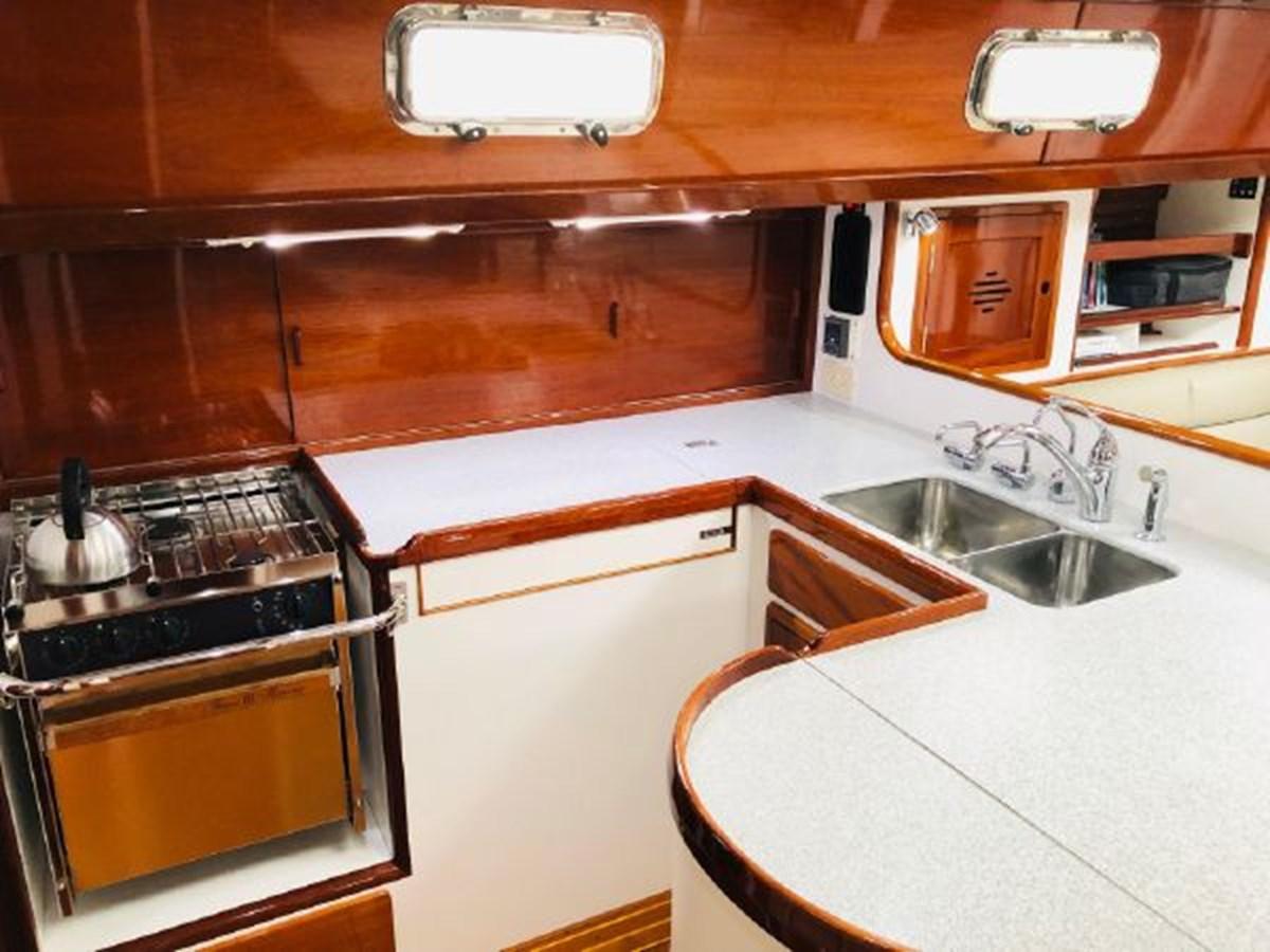 12 2001 MORRIS YACHTS Ocean Series Cruising Sailboat 2811247