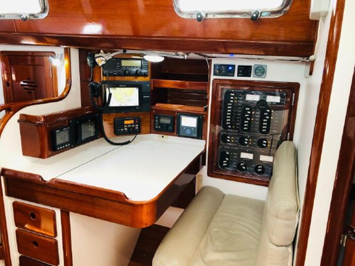 15 2001 MORRIS YACHTS Ocean Series Cruising Sailboat 2811250