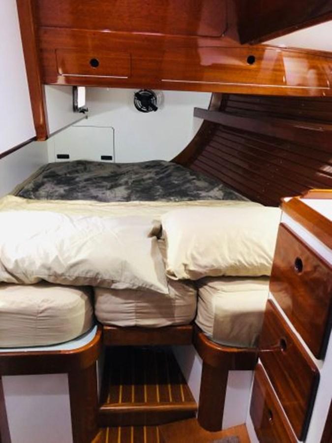 26 2001 MORRIS YACHTS Ocean Series Cruising Sailboat 2811261