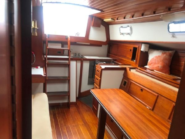6 1978 CUSTOM  Vineyard Vixen 34 Cruising Sailboat 2811471