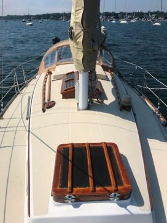 27 1978 CUSTOM  Vineyard Vixen 34 Cruising Sailboat 2811492