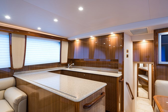 Galley 2007 VIKING  Sport Fisherman 2812448