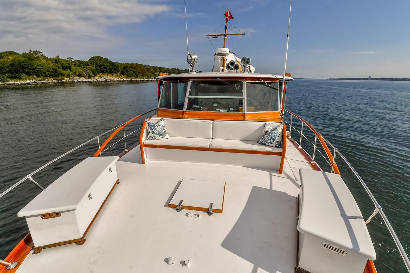 Foredeck 3 1973 TRUMPY  Motor Yacht 2812639