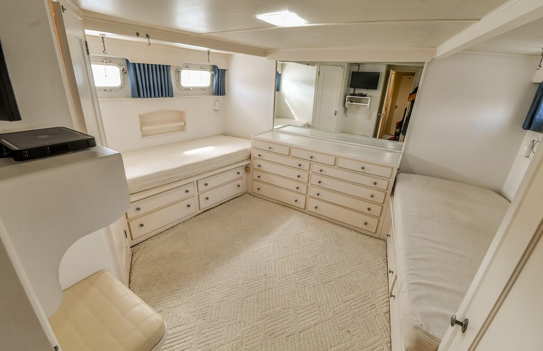 Master Stateroom 10 1973 TRUMPY  Motor Yacht 2812641