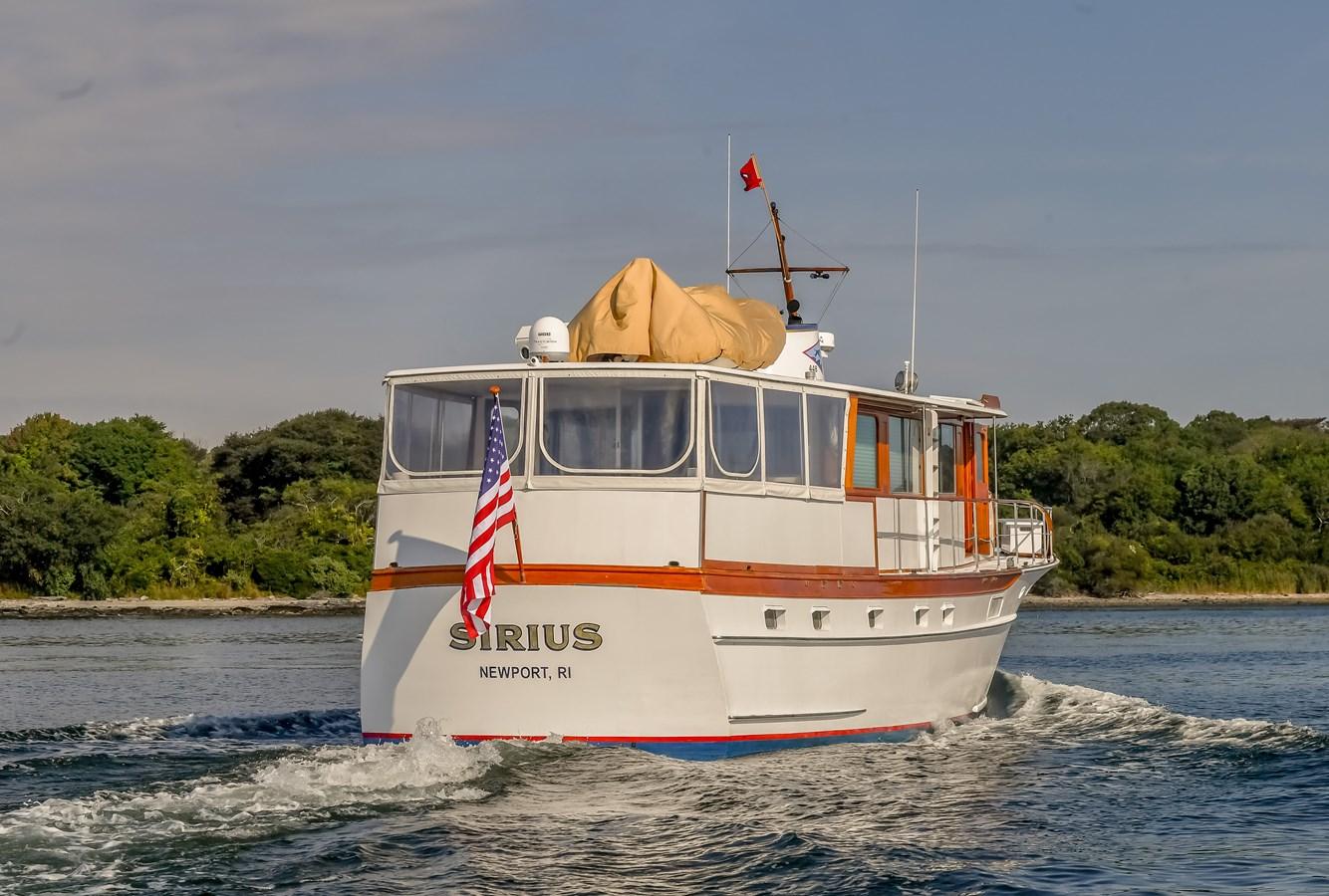 Profile 20 1973 TRUMPY  Motor Yacht 2812644