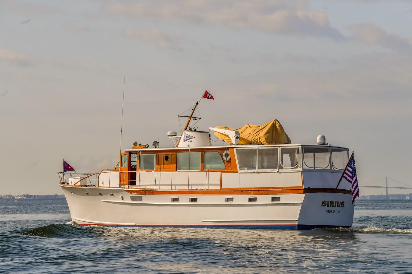 Profile 19 1973 TRUMPY  Motor Yacht 2814255