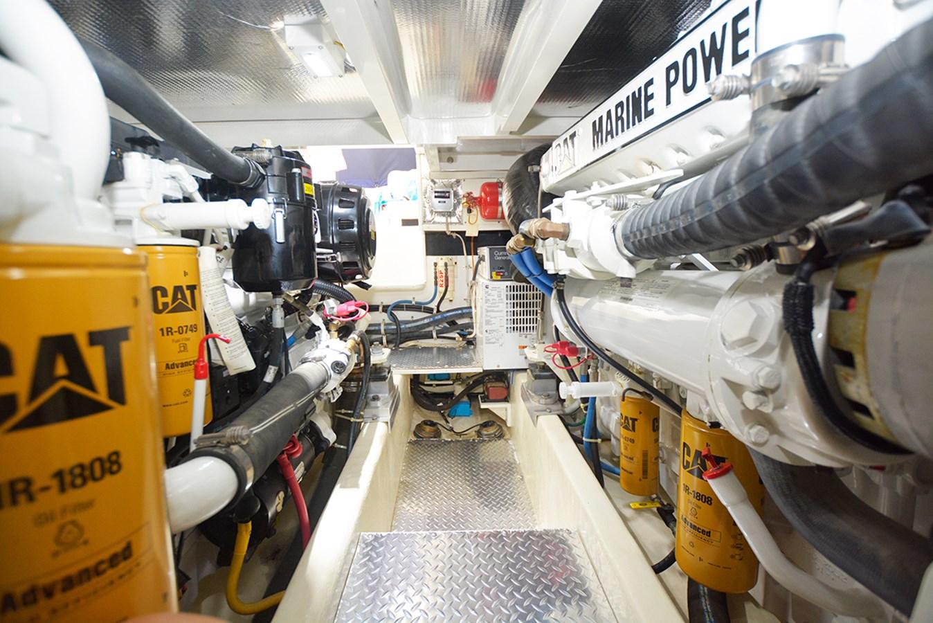 Engine-Room6 2014 ALBEMARLE  Sport Fisherman 2813481