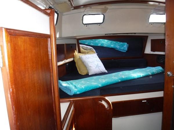 DSCF8068 1986 BREWER  Center Cockpit 2815612