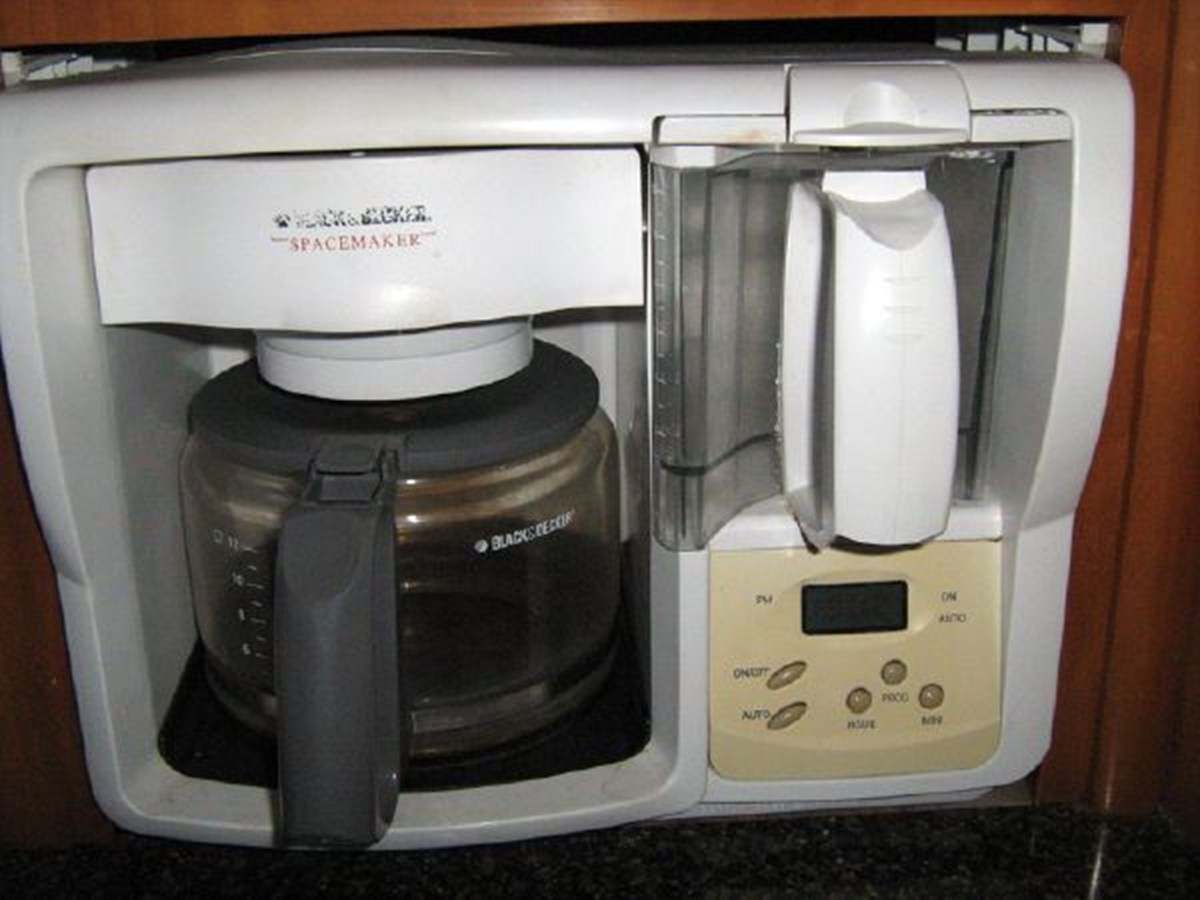 coffee maker 2005 CARVER 444 Motor Yacht 2816844