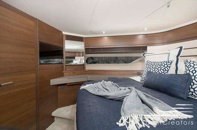 2015 PRINCESS YACHTS 68 Flybridge Motor Yacht 2815399