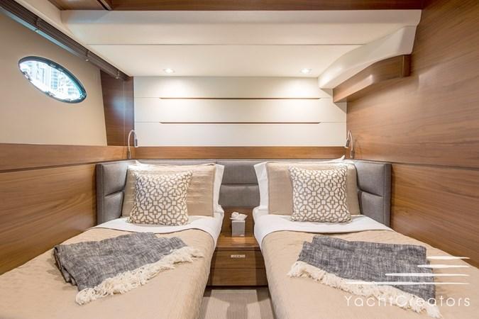 2015 PRINCESS YACHTS 68 Flybridge Motor Yacht 2815402