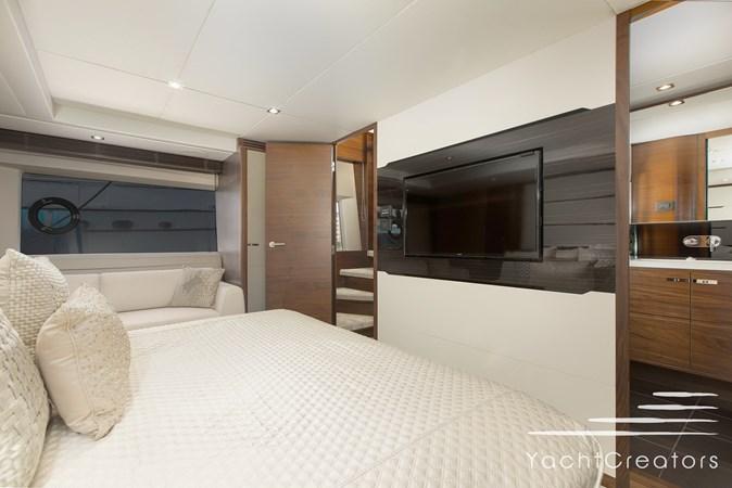 2015 PRINCESS YACHTS 68 Flybridge Motor Yacht 2815405