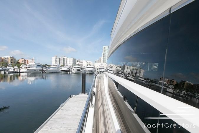 2015 PRINCESS YACHTS 68 Flybridge Motor Yacht 2815421