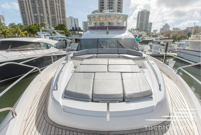 2015 PRINCESS YACHTS 68 Flybridge Motor Yacht 2815423
