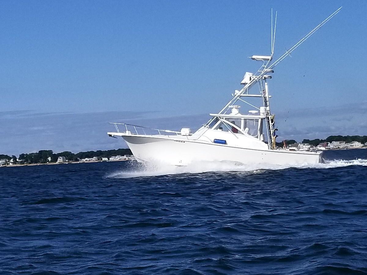 20190825_092211 2002 JERSEY Canyon Express Sport Fisherman 2816171