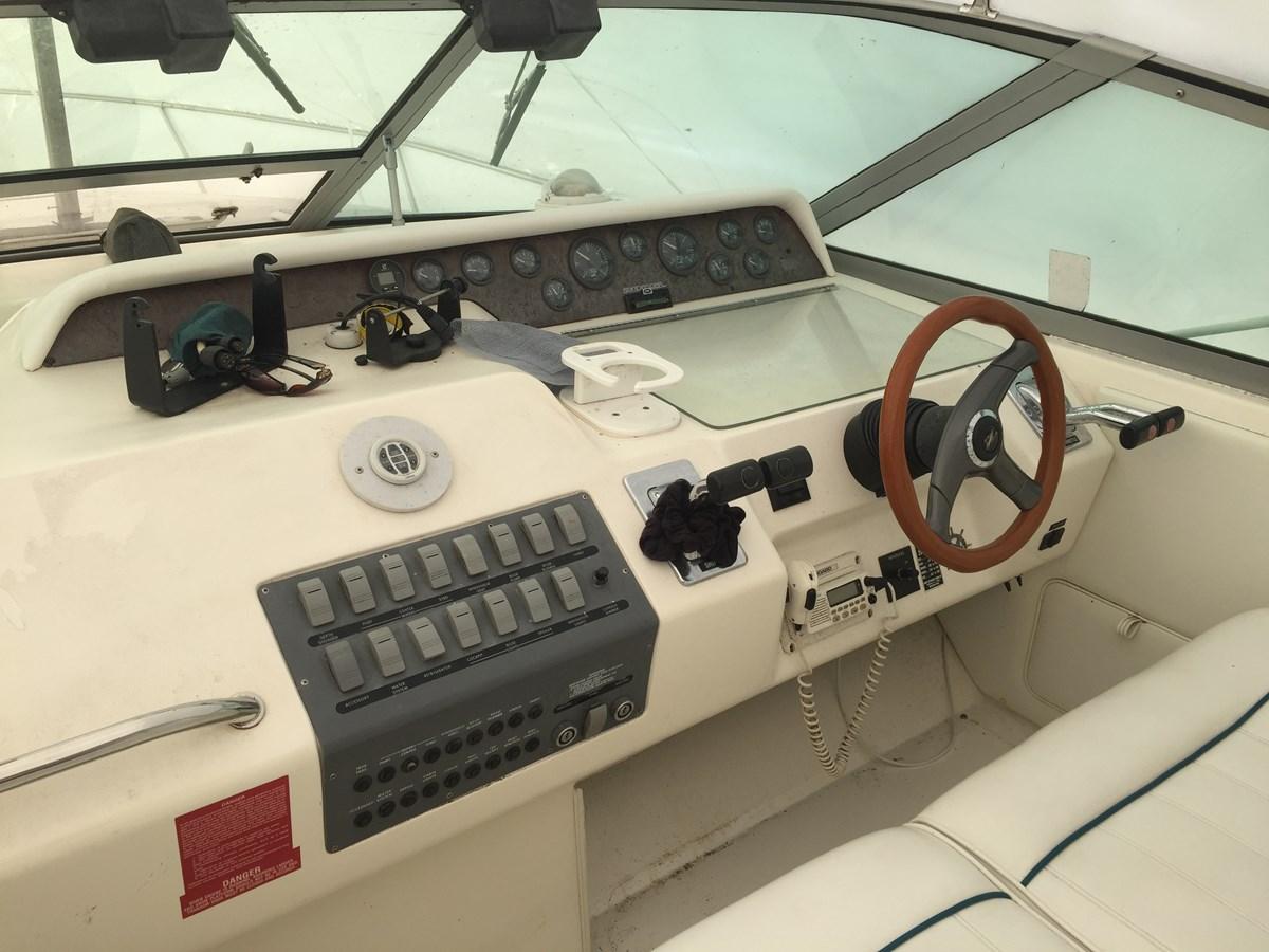 IMG_1136 1996 SEA RAY 300 Sundancer Cruiser 2821826