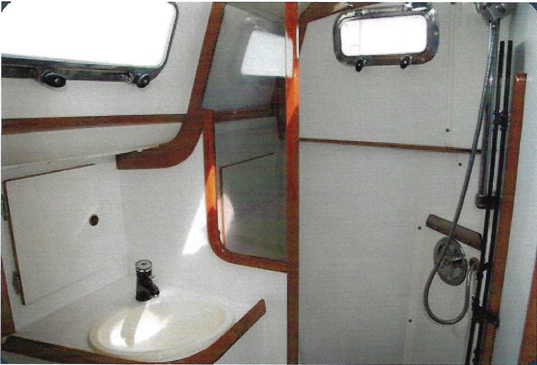 Head 1993 FREEDOM YACHTS  Cruising Sailboat 2846853