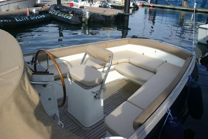 admirals-tender-classic-28-12 2009 CUSTOM Admirals Tender Classic 28 Motor Yacht 2816976