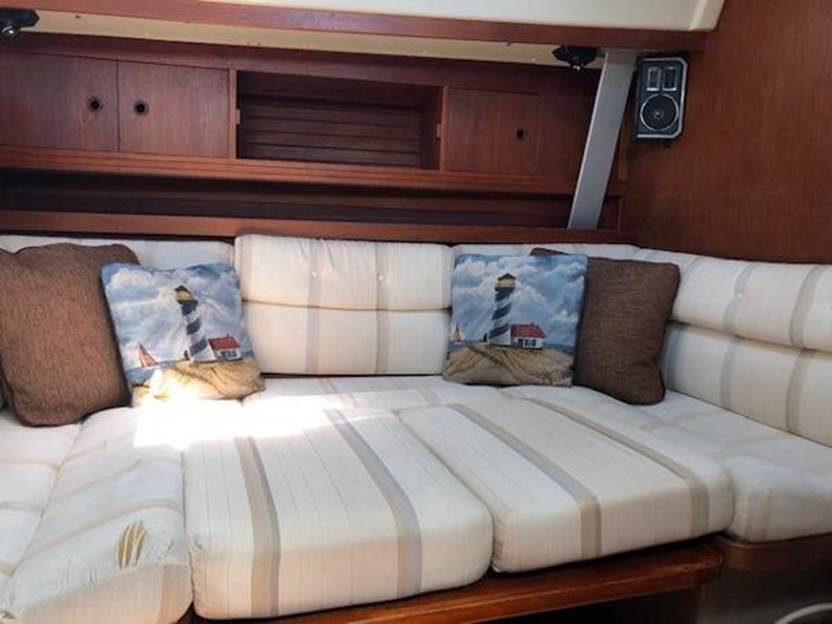 TAZ Sleeping Spot 1987 C & C Yachts Mark III Cruising Sailboat 2821435