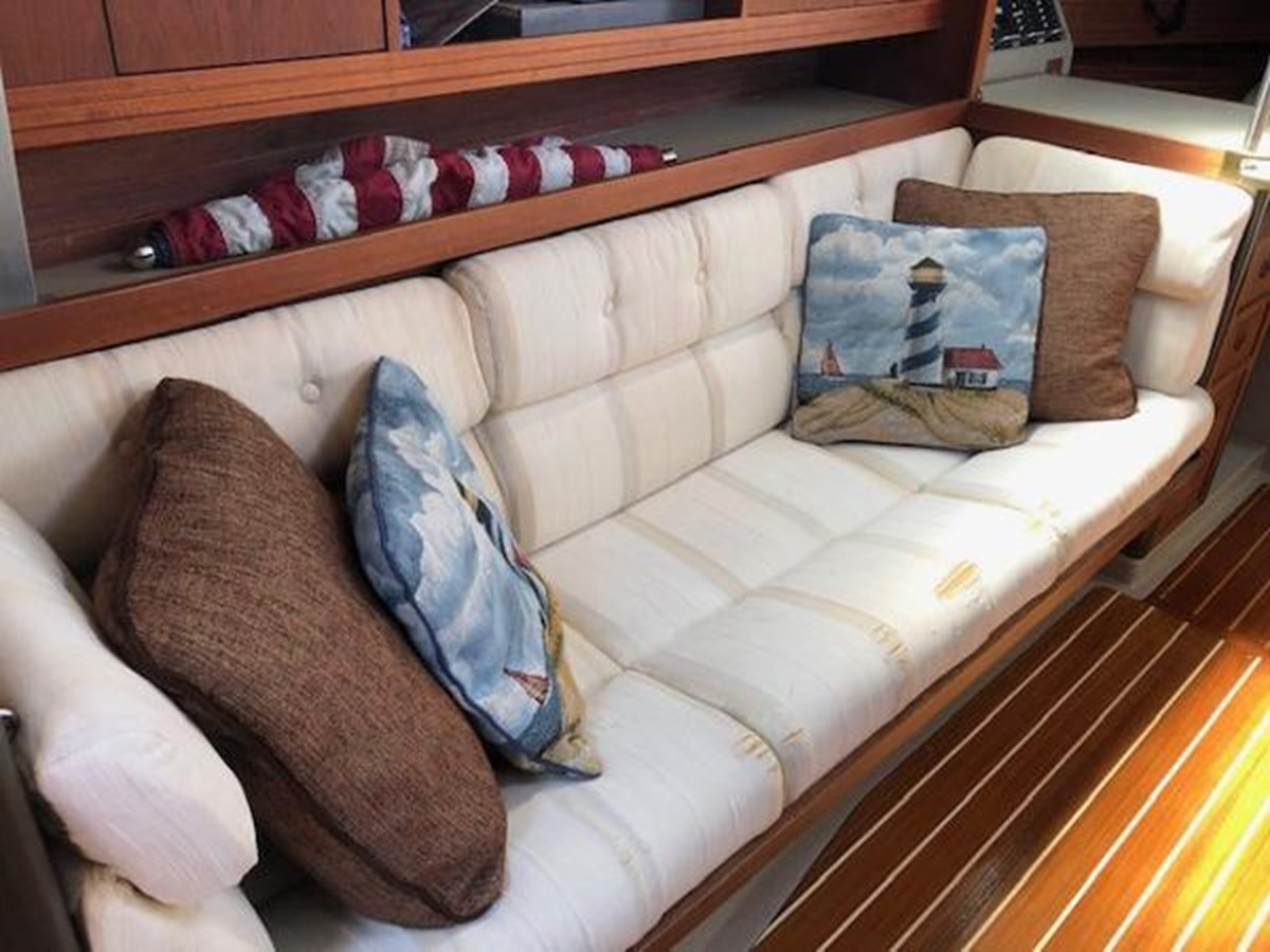 TAZ Couch 1987 C & C Yachts Mark III Cruising Sailboat 2821885