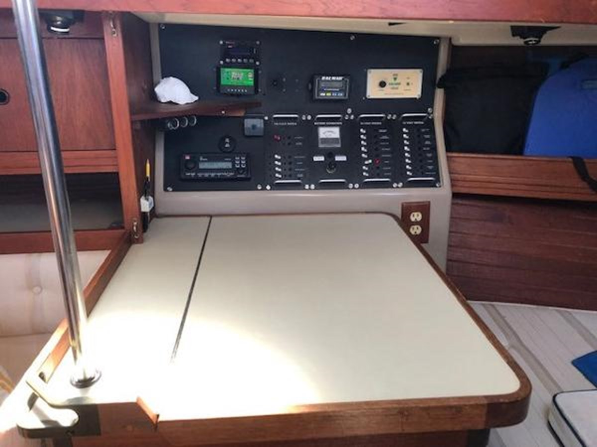 TAZ Electrical 1 1987 C & C Yachts Mark III Cruising Sailboat 2821890