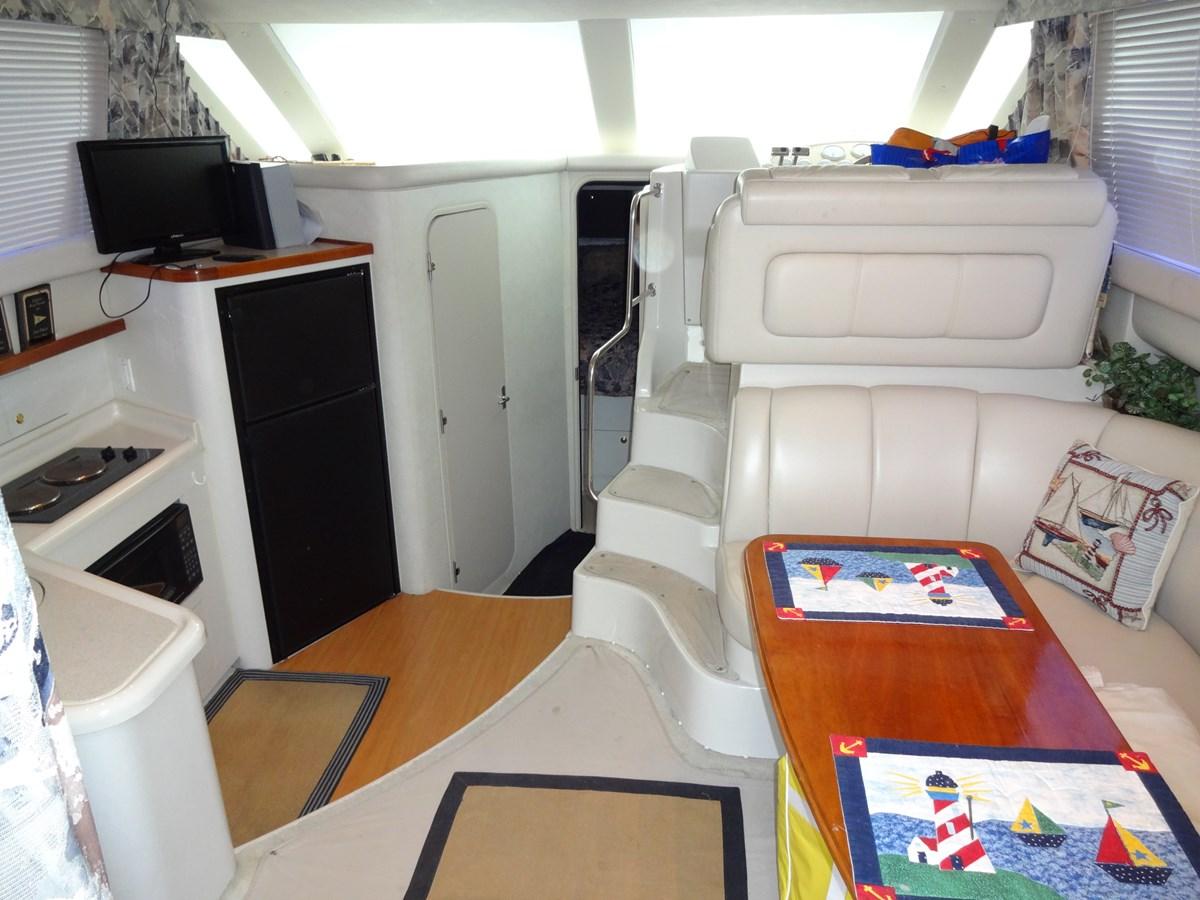 35 Cruisers Lee's Ur Tyme 5 1998 Cruisers Yachts 35 Motor Yacht 2817251