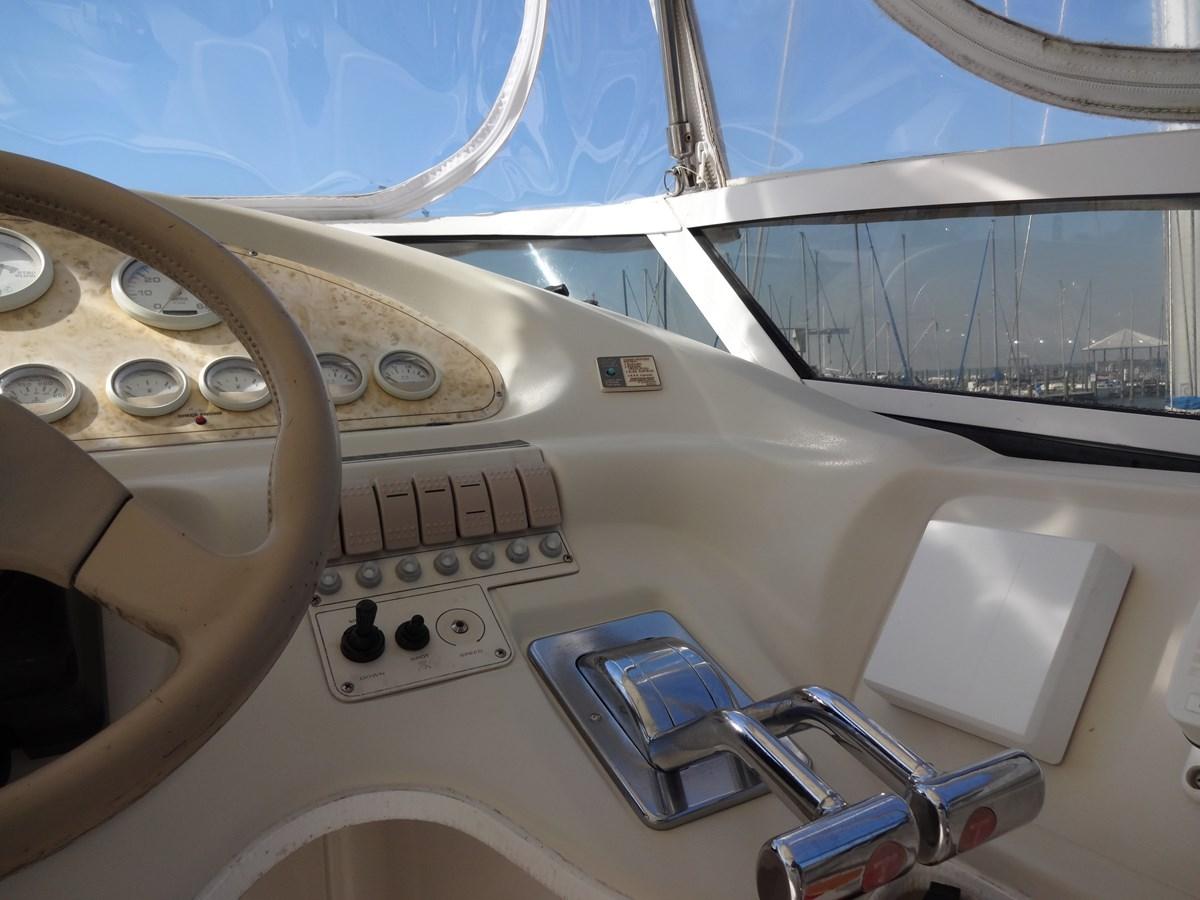 3585 Cruisers Yacht Lee's Ur Tyme 004 1998 Cruisers Yachts 35 Motor Yacht 2817256
