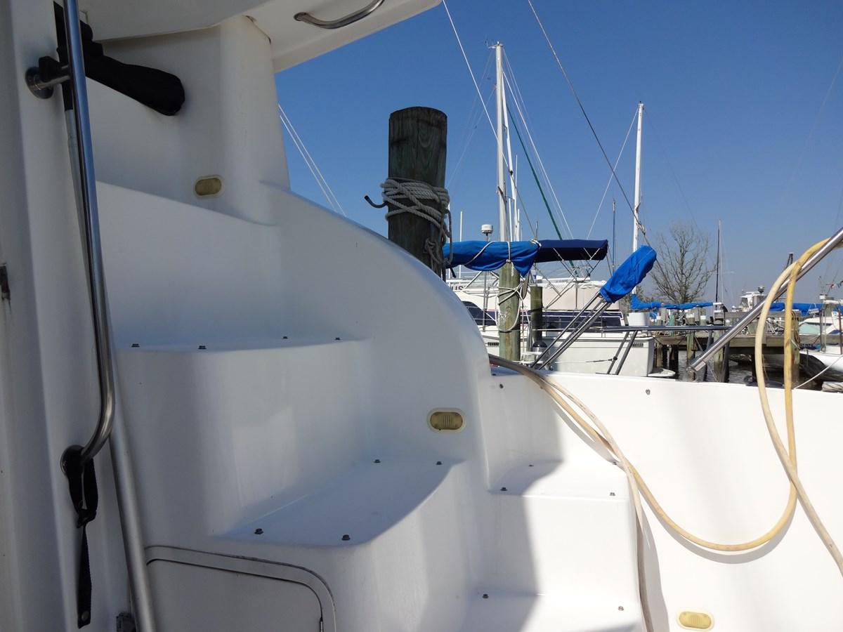 3585 Cruisers Yacht Lee's Ur Tyme 016 1998 Cruisers Yachts 35 Motor Yacht 2817272