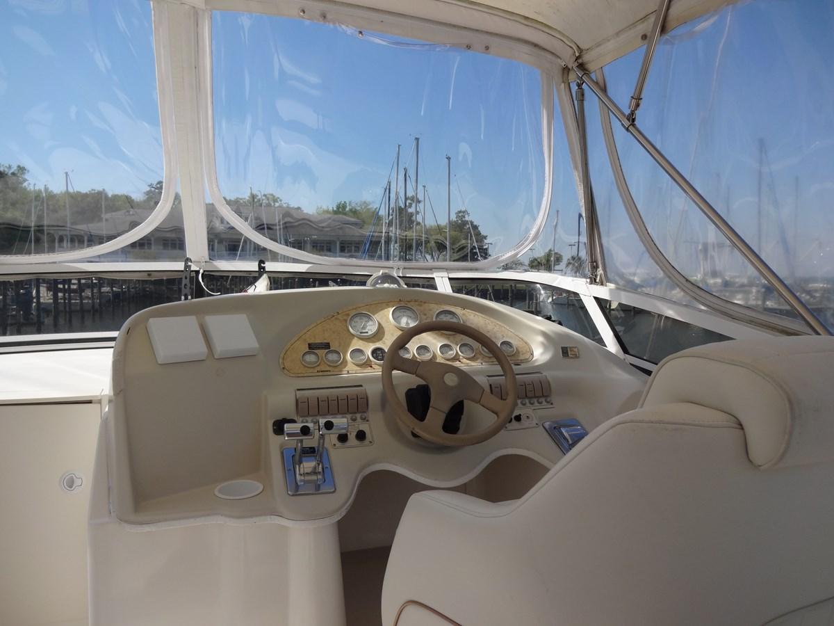 3585 Cruisers Yacht Lee's Ur Tyme 36 1998 Cruisers Yachts 35 Motor Yacht 2817323