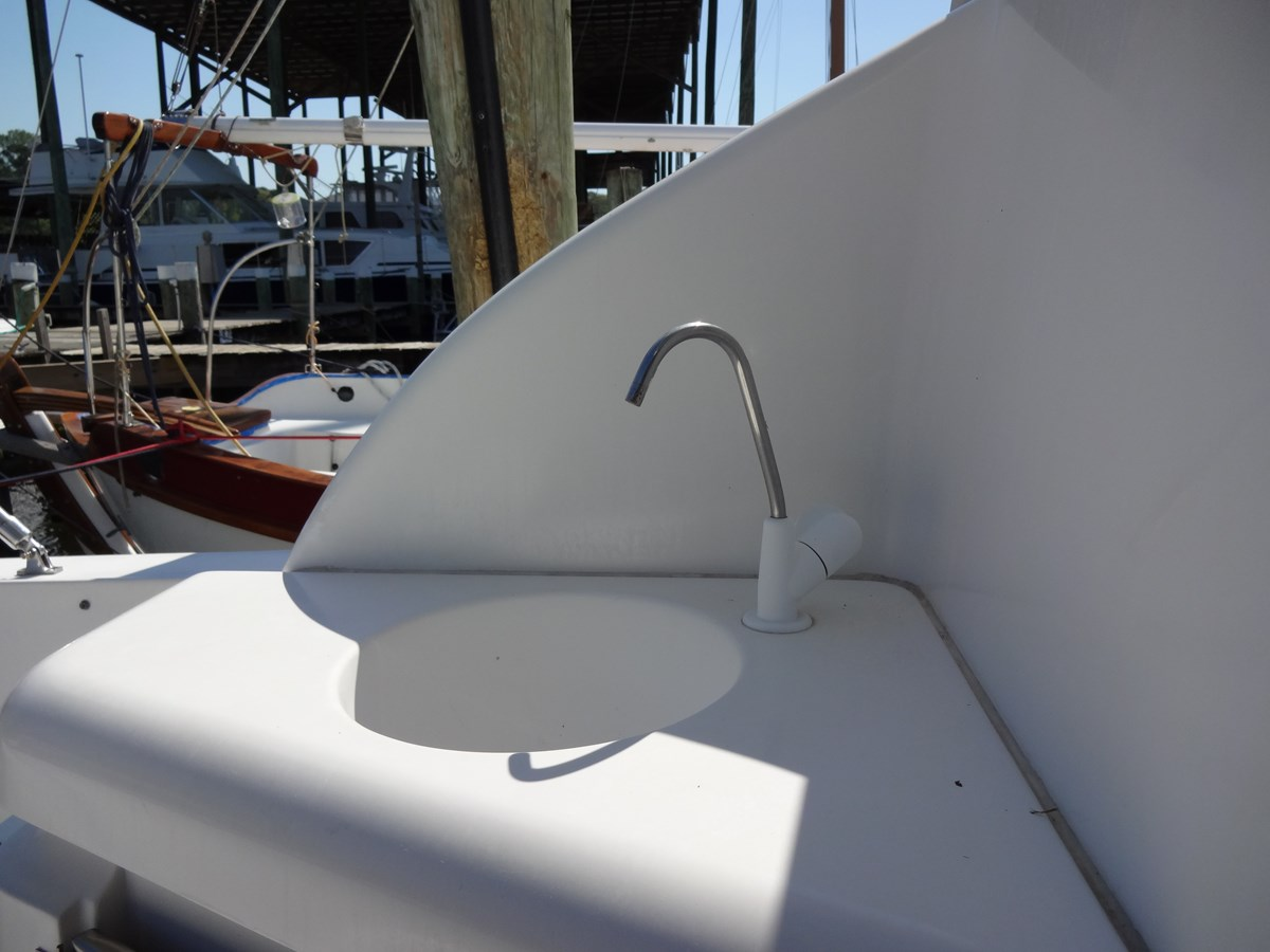 3585 Cruisers Yacht Lee's Ur Tyme 42 1998 Cruisers Yachts 35 Motor Yacht 2817331