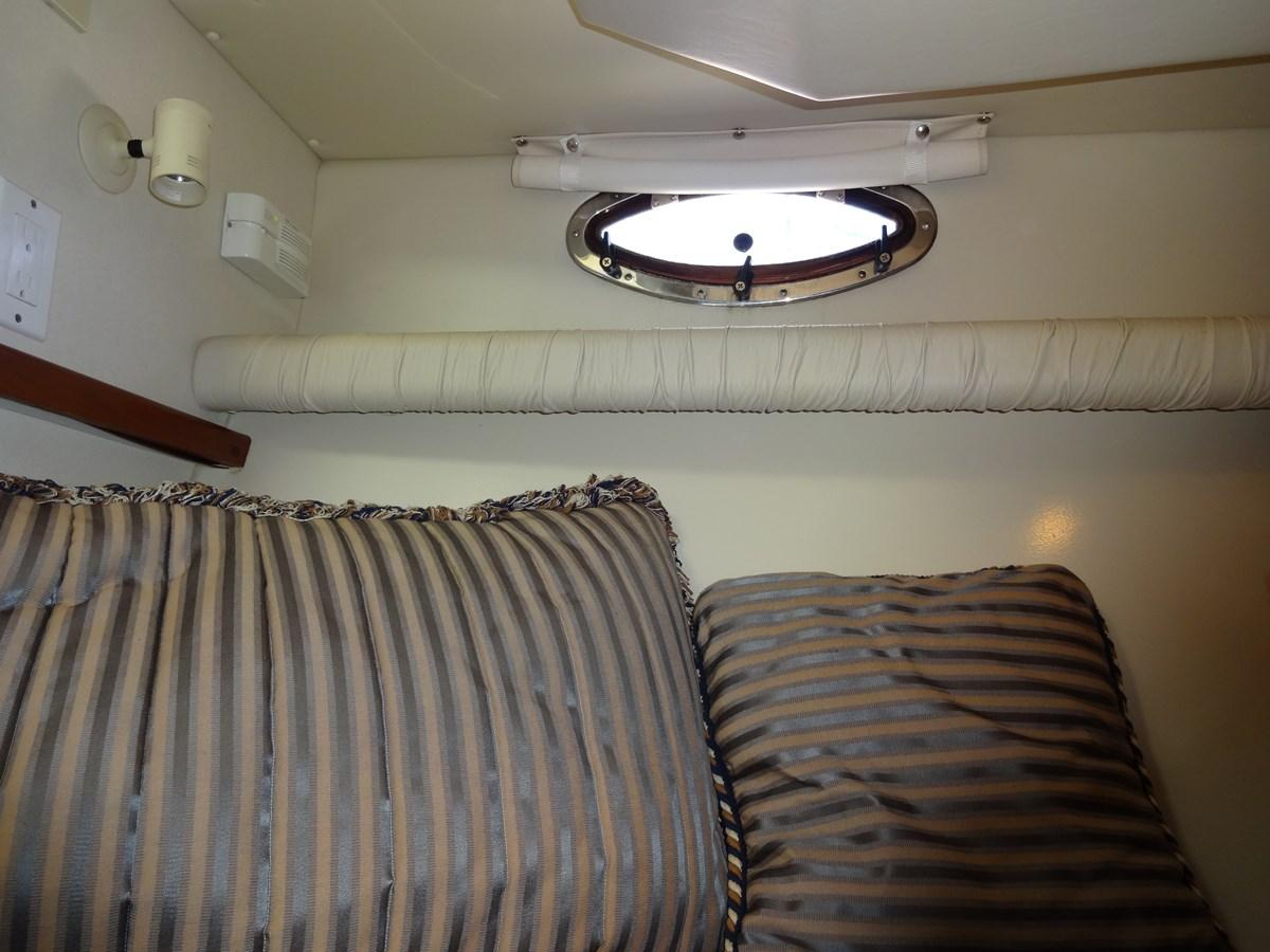 3585 Cruisers Yacht Lee's Ur Tyme 122 1998 Cruisers Yachts 35 Motor Yacht 2817378