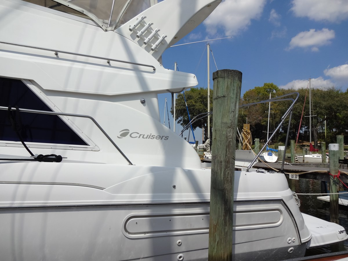 3585 Cruisers Yacht Lee's Ur Tyme 145 1998 Cruisers Yachts 35 Motor Yacht 2817393