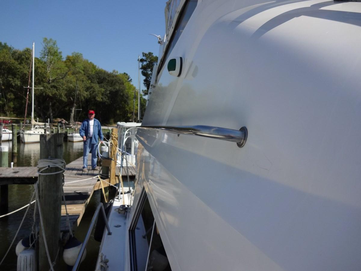 3585 Cruisers Yacht Lee's Ur Tyme 063 1998 Cruisers Yachts 35 Motor Yacht 2817576