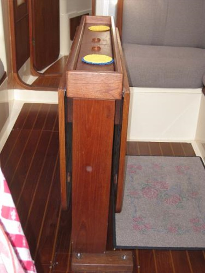CS 36 Dining Table 1980 CS YACHTS 36 Sloop 2821466